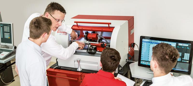 EMCO - aprendizaje lúdico sistemas de entrenamiento CNC